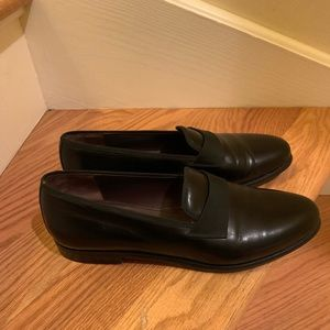 Excellent Condition Ferragamo tuxedo shoes